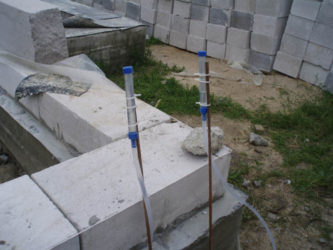 Как пользоваться гидроуровнем при строительстве фундамента?