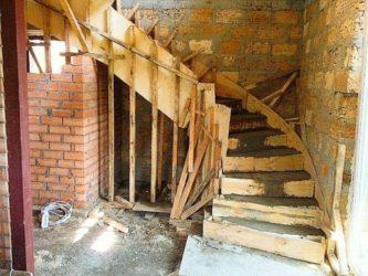 Строительство монолитных лестниц из бетона