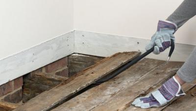 Как убрать стяжку пола в квартире?