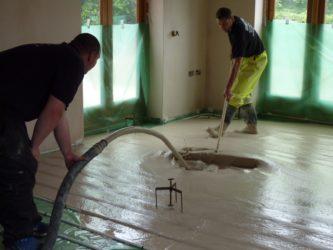 Заливка стяжки пола своими руками в доме