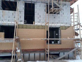 Цокольный этаж из газобетонных блоков