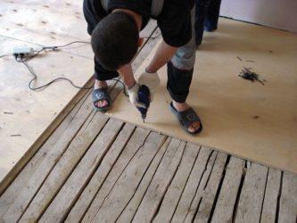 Стяжка деревянного пола своими руками пошаговая инструкция