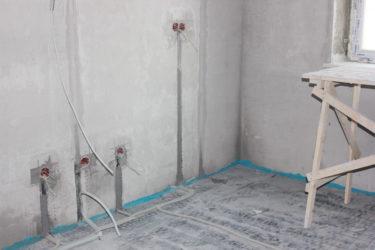 Прокладка электропроводки в стяжке пола