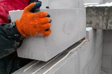 Можно ли класть газосиликатные блоки зимой?