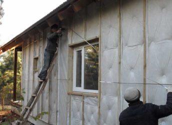 Чем закрыть утеплитель на стене снаружи дома?