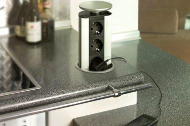 Встраиваемый блок розеток для кухни в столешницу