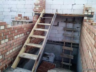 Временная лестница на период строительства