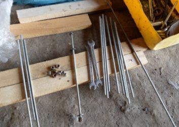 Шпильки для стяжки бруса