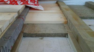 Стяжка по лагам в деревянном доме