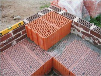 Кирпичные блоки для строительства дома