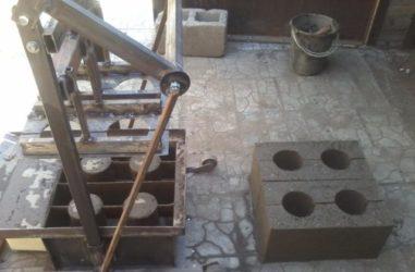 Станок для изготовления керамзитобетонных блоков своими руками