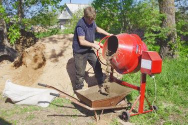 Как выбрать бетономешалку для строительства дома?