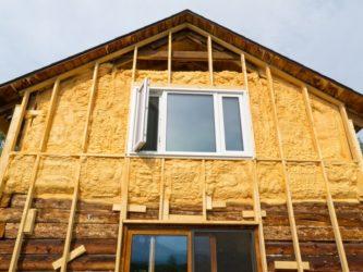 Как закрепить утеплитель на стене деревянного дома?