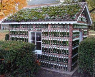 Строительство из стеклянных бутылок