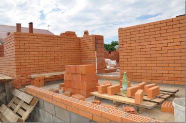 Кирпичи для строительства дома