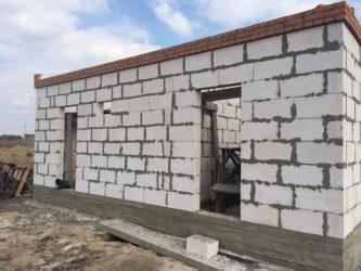 Наружная отделка стен сарая из шлакобетонных блоков