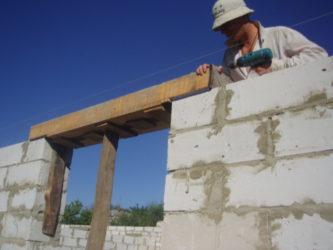 Дверной проем при строительстве дома