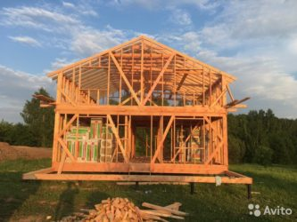 Стоит ли начинать строить каркасный дом осенью?