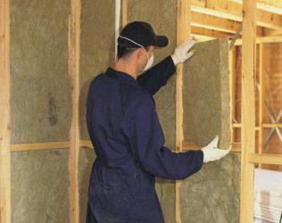 Как закрепить утеплитель на стене каркасного дома?