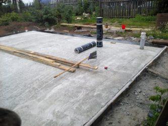 Защитная стяжка по гидроизоляции под фундаментную плиту